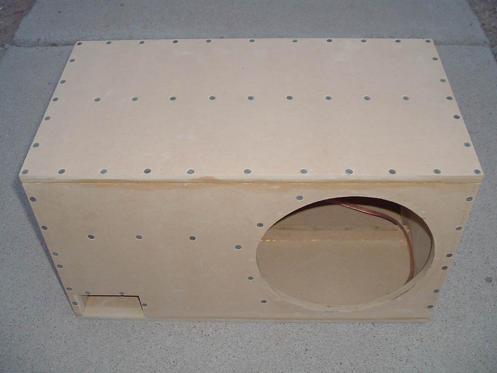 kicker solobaric s10l5 stimmt die berechnung car hifi. Black Bedroom Furniture Sets. Home Design Ideas